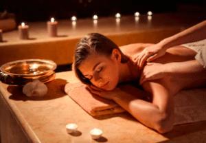 Ge erotisk massage i de glömda områdena